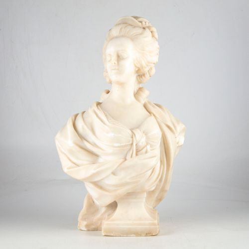 LECOMTE After Félix LECOMTE  Marie Antoinette in bust  Marble  Napoleon III peri…