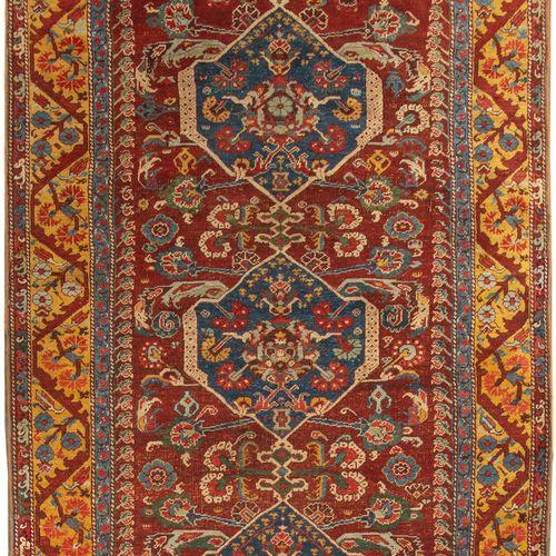 Très ancienne galerie d'Asie mineure Kumurgiù Koula début XVIIIe, dit«tapis de…