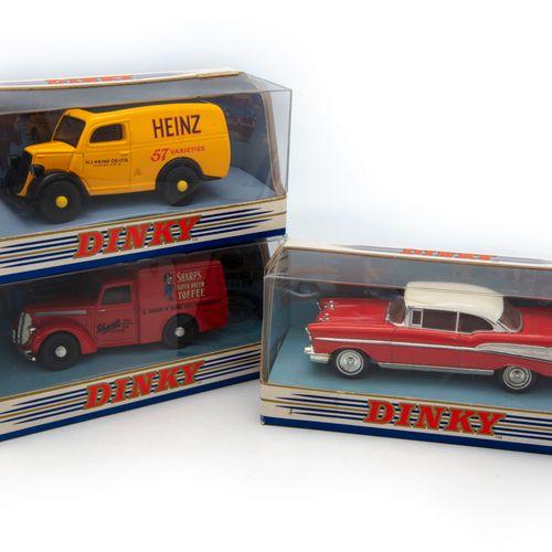 DINKY MATCHBOX DINKY MATCHBOX  Lot de trois véhicules neufs en BO dont un Ford E…