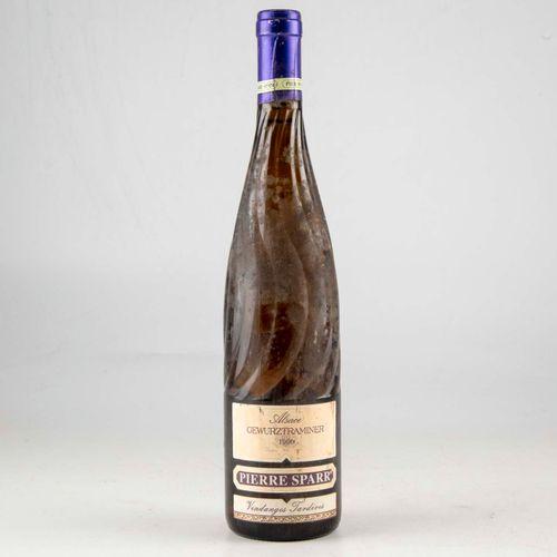 1 bouteille ALSACE 1998 Gewurztraminer Pierre Spar  Niveau bon  Etiquette légère…