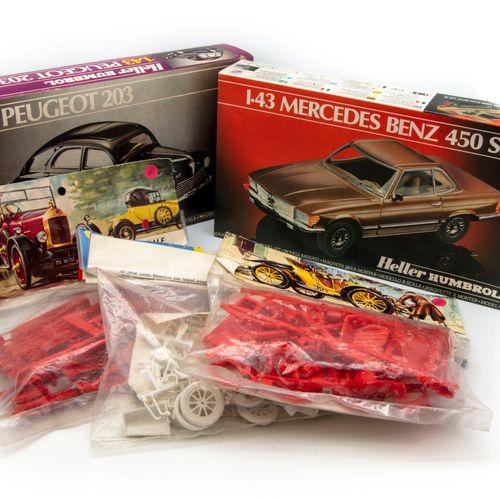 MATCHBOX HELLER, AIRFIX et MATCHBOX 1/43 et 1/32  Lot de 9 maquettes à monter Pe…