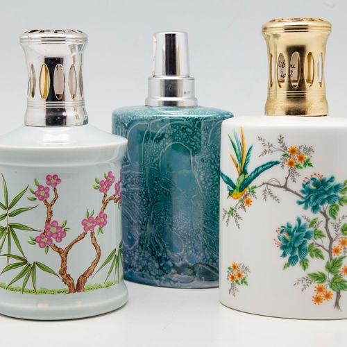 GIRAUD GIRAUD  Trois lampes BERGER en porcelaine des modèles :   NI Nova irisée …