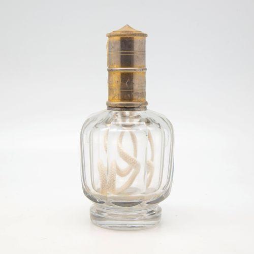 BACCARAT BACCARAT  Lampe Berger en cristal taillé du modèle D Boule Baccarat 192…