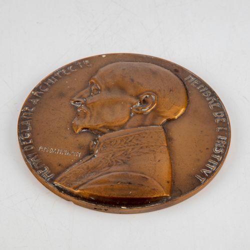 DAMMANN P.M. DAMMANN  Profil d'Henri DEGLANE  Médaille en bronze doré  D. : 10 c…