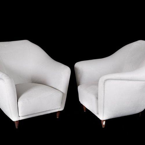ICO PARISI. Two wooden and velvet armchairs ICO PARISI (Palermo, 1916 Como, 1996…