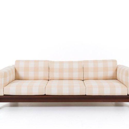 TOBIA SCARPA. Wooden Bastiano sofa. '70s TOBIA SCARPA (Venice, 1935). Bastiano m…