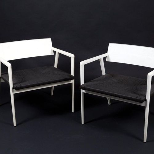 GIO PONTI. Two wooden Dormitio armchairs. GIO PONTI (Milan, 1891 1979). Two Dorm…