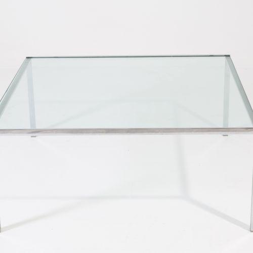 ROSS LITTELL. Steel table. ICF. 1970s ROSS LITTELL (1924 2000)代表ICF。钢和玻璃的咖啡桌。197…