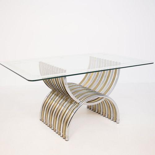 ROMEO REGA. Table in steel and glass ROMEO REGA (Rome, 1904 1968). Table avec pl…