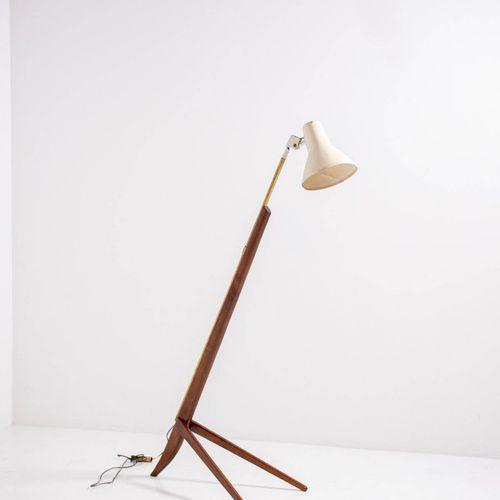 FRANCO ALBINI (Attr). Floor lamp. 1950s 弗朗科 阿尔比尼(Attr.)(1905年,罗比耶特 1977年,米兰)。木质落…