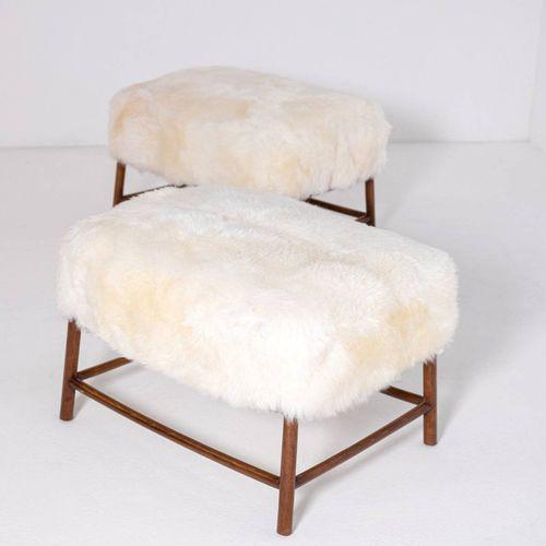 T.H. ROBSJOHN GIBBINGS. Two wooden stools. 1950s TERENCE HAROLD ROBSJOHN GIBBING…