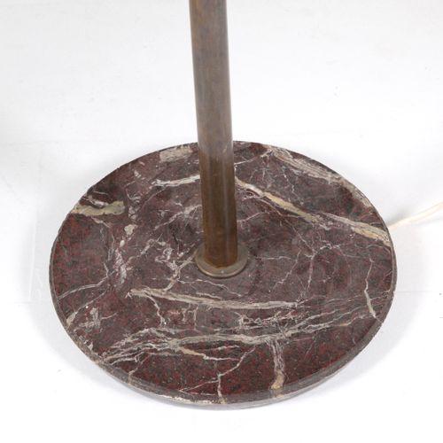 GINO SARFATTI. Brass floor lamp. ARTELUCE. 1950s GINO SARFATTI (Venise, 1912 Gra…