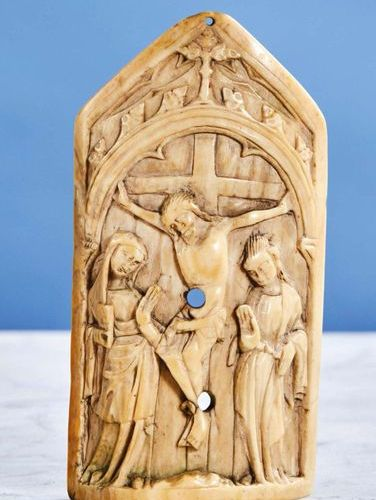 Peace Kiss in the shape of a carved ivory gable representing the Crucifixion. Un…