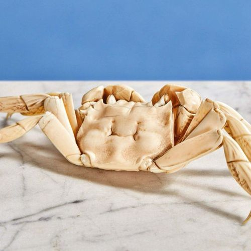 Carved ivory crab, legs jointed. Beautifully executed. Japan, Meiji Period Lengt…
