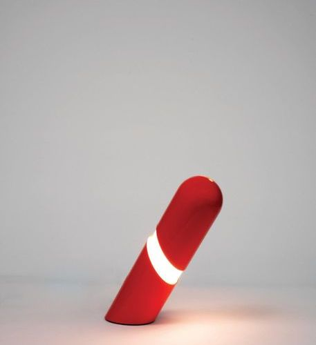 Gianni CELADA (Né en 1935) A « Katiuscia » lamp by Gianni Celada in red and whit…