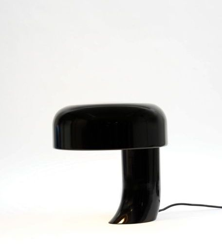 Elio Martinelli (1921 2004) A « 615 » lamp by Elio Martinelli in black lacquered…