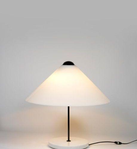 VICO MAGISTRETTI (1920 2006) A « Snow » table lamp by Vico Magistretti in marble…