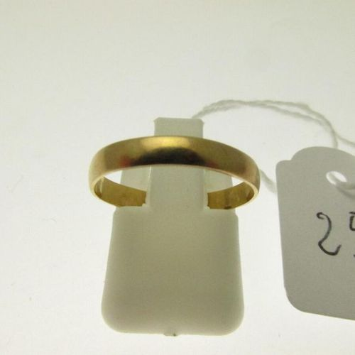 1 gold wedding ring, unetched, humpbacked TDD 51 1.3g AC