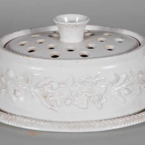 Pol CHAMBOST (1906 1983)  Tureen on its plate with ovoid body and lid with small…