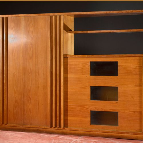 André SORNAY (1902 2000)  Important bookcase with quadrangular body in blond var…
