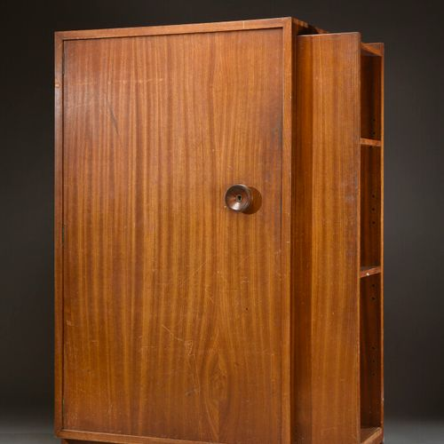 André SORNAY (1902 2000)  Cupboard with quadrangular body, 1934, in varnished ma…