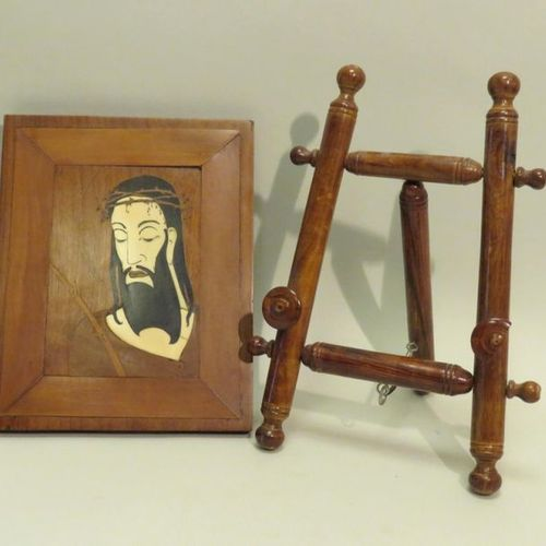 Portrait of Christ with a crown of thorns, in wood marquetry and bone inlays. Xx…