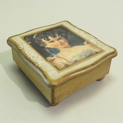 TOYO. Coffret musical en bois à un seul air formant coffret à bijoux (remontage …