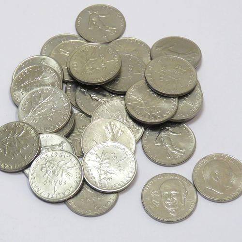Lot de trente pièces de 1 Franc (Semeuse, X28) à partir de 1960 en nickel (dont …