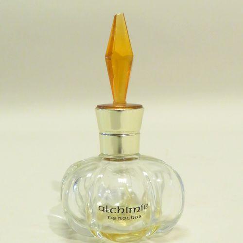 """ROCHAS, paris. Beau flacon en verre """"Alchimie"""" (eau de parfum). 11,5 x 6,5 cm (v…"""