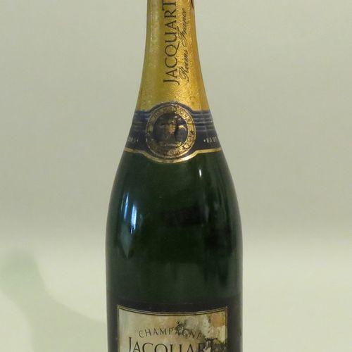 Jacquart香槟,Brut,Tradition,年份1992。1 BTL