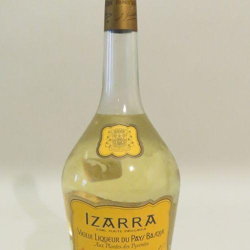 Izarra, Vieille Liqueur Du Pays Basque, Aux Plantes des Pyrénées. 1 Flacon de 70…