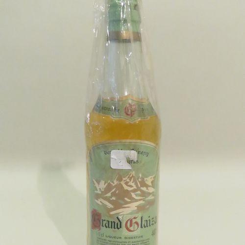 Grand Glaiza, Genuine Génepy, Digestive Liqueur. 1 Bottle of 50 cl.