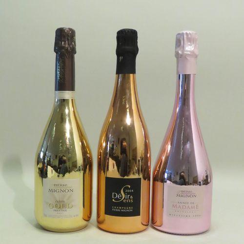 一组3个瓶子,包括:皮埃尔 米尼翁香槟,黄金香槟,名贵香槟,Brut,非年份。1瓶; 皮埃尔 米诺香槟,Désir & Sens,2004年份。1瓶; 皮埃尔 …