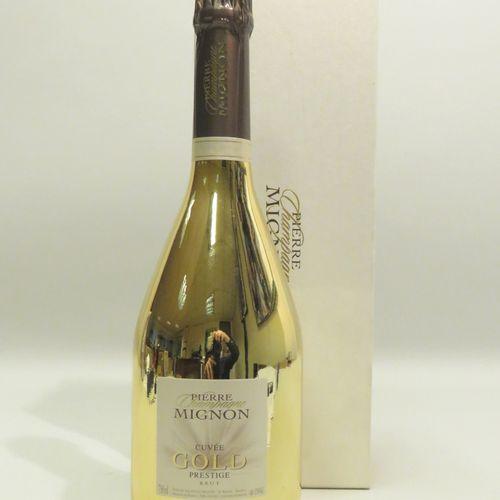Champagne Pierre Mignon, Cuvée Gold, Prestige, Brut, non millésimé. 1 BTL en cof…