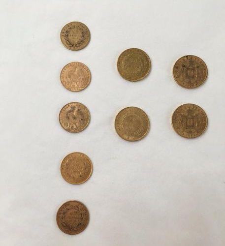 Lot de pièces d'or comprenant: Deux pièces de 20 Francs or Napoléon III tête Lau…