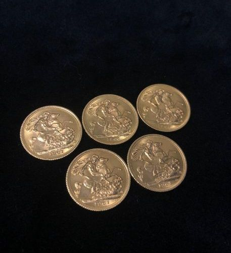 Lot of 5 coins Sovereign Elizabeth II in gold  1966 ; 1967 (x4)