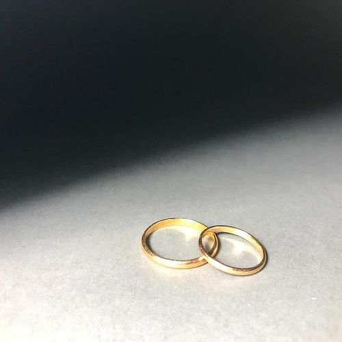 Two wedding rings in 18K 3.49g yellow gold