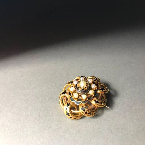 Brooch pendant in 18k yellow gold PB: 11.55 g