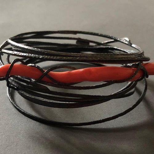 Angela Pintaldi Angela Pintaldi Bracelet Argent et corail rouge D. 8 cm Poids br…