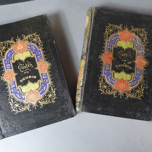CARTONNAGES ROMANTIQUES. Ensemble 4 ouvrages en 5 volumes in 8 et grand in 8, ca…