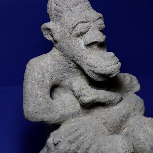 Importante et rare maternité dite hàrberé liée au culte de Màar, représentant un…
