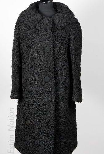 FOURRURE H. MARCINY VINTAGE CIRCA 1965/70 MANTEAU 7/8ème en astrakan lustré noir…