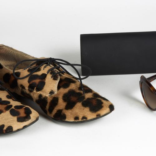 CLAUDIE PIERLOT, MARC BY MARC JACOBS PAIR OF SLEEPERS in calf calf style spotted…