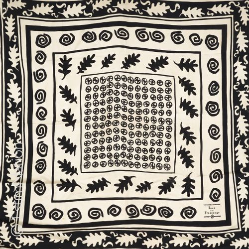 Inès de LA FRESSANGE SQUARE in silk twill printed with black and beige leaves an…
