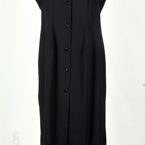 SONIA RYKIEL, ANONYME, FERAUD, JACQUELINE DE YOUNG VINTAGE Pencil skirt in black…