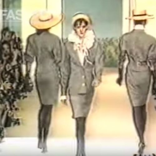 CHANEL BOUTIQUE CIRCA (COLLECTION PRINTEMPS ETE 1987) Gray and black mottled woo…
