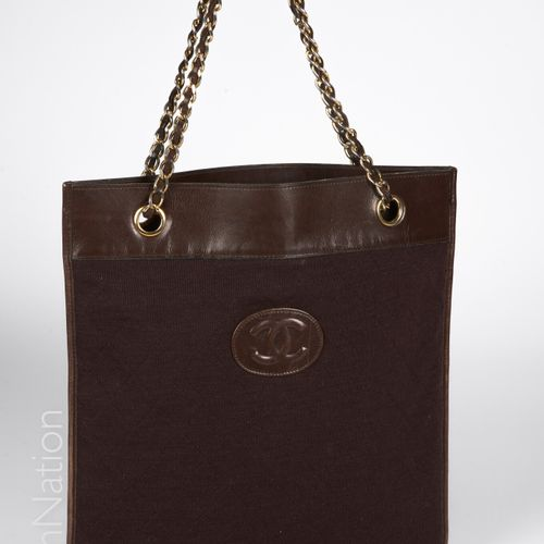 CHANEL Vintage TOTE BAG in wool jersey and chocolate lambskin stitched with the …