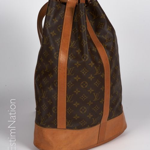 Louis VUITTON Circa 1980 HIKING BAG in Monogram canvas and natural leather, insi…