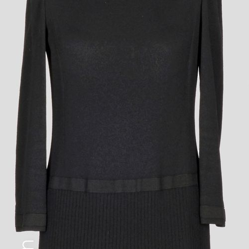JACQUES FATH CIRCA 1990 Straight DRESS in black wool, skirt with overlapping rib…