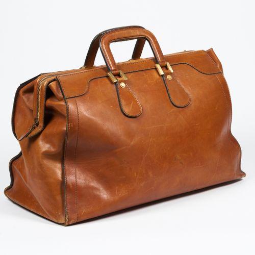 ELIZABETH ARDEN VINTAGE 48H TRAVEL BAG in natural leather, interior in canvas wi…
